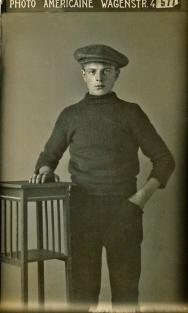 Cornelis Westerduin (Scheveningen) stuitte waarschijnlijk in 1915 met zijn stoomkorder Texel I op een mijn. Alle opvarenden kwamen om.